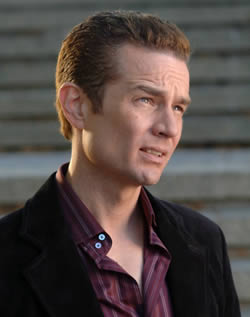 James Marsters es Piccolo en Dragon Ball La Pelicula